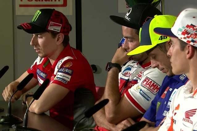 I piloti in conferenza stampa a Barcellona / MotoGP.com