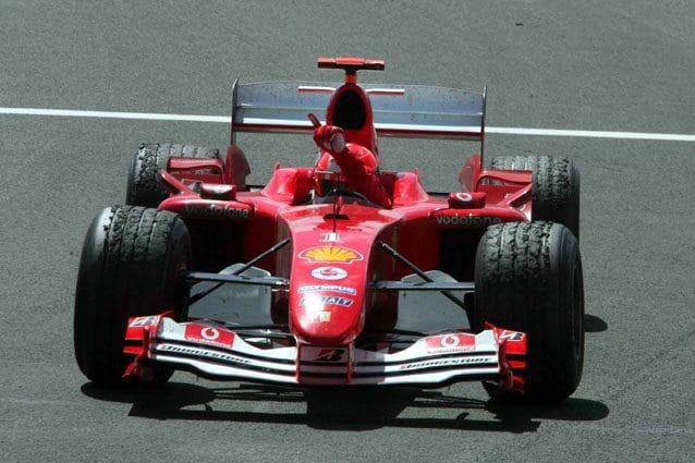 Michael Schumacher festeggia la vittoria in Francia – LaPresse