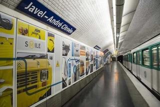 Auto, la metro di Parigi celebra la storia di Citroen
