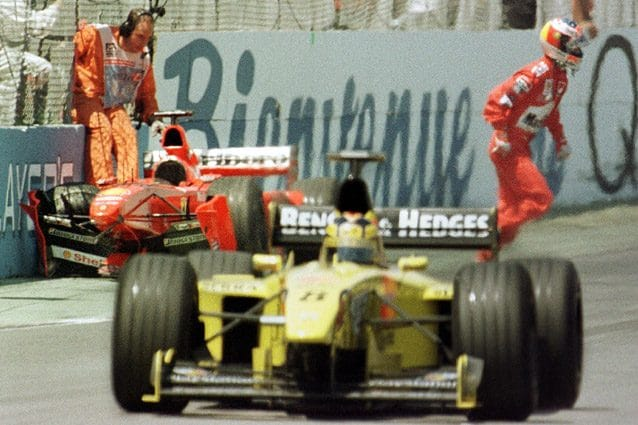 Michael Schumacher dopo aver sbattuto sul Muro dei Campioni – Getty images