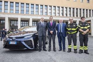 A lezione da Toyota, svelata la tecnologia ad idrogeno ai Vigili del Fuoco