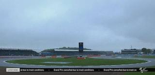 MotoGP, pioggia e asfalto che non drena: gara cancellata a Silverstone