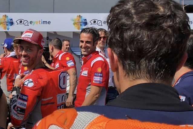 Andrea Dovizioso e Marc Marquez al parco chiuso / Repsol Honda