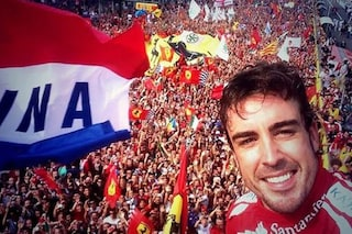 """Alonso saluta vestito di Rosso: """"Questo sarà il mio ultimo GP d'Italia, grazie Monza"""""""
