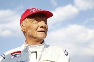 Chi era Niki Lauda, il campione computer che sfidava la morte e dava del tu a Enzo Ferrari