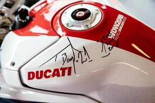 Ducati da record, la Panigale V4 S di Bayliss venduta per 120mila euro