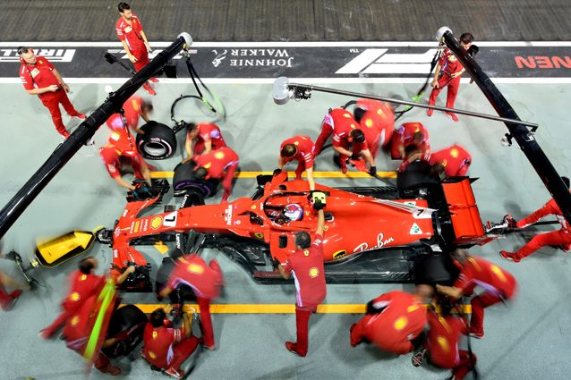 La Ferrari di Raikkonen ai box – Getty images