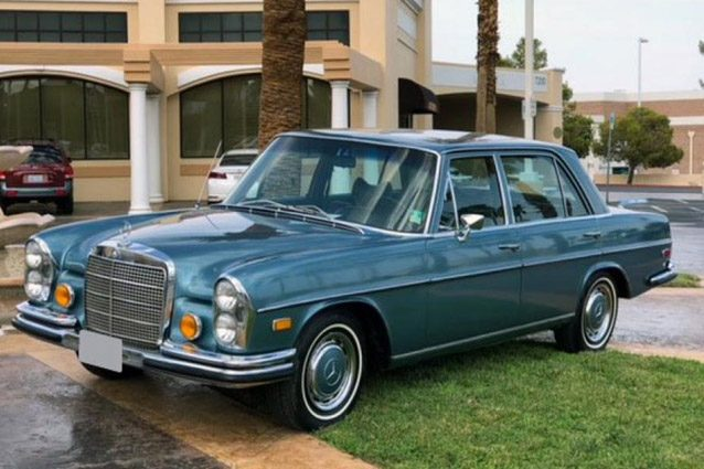 La Mercedes 280 SEL appartenuta a Elvis Presley