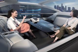 Casa, letto e ufficio: ecco Volvo 360c, l'auto che permette di sfruttare il tempo sprecato per guidare