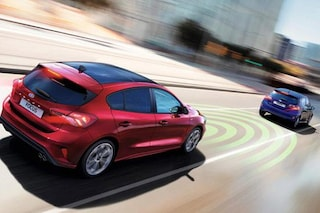 Euro NCAP, 5 stelle ed elogi per Ford Focus grazie ai sistemi di guida automatizzata