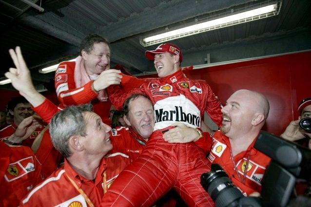 Michael Schumacher festeggia la vittoria del mondiale nel 2003 – LaPresse