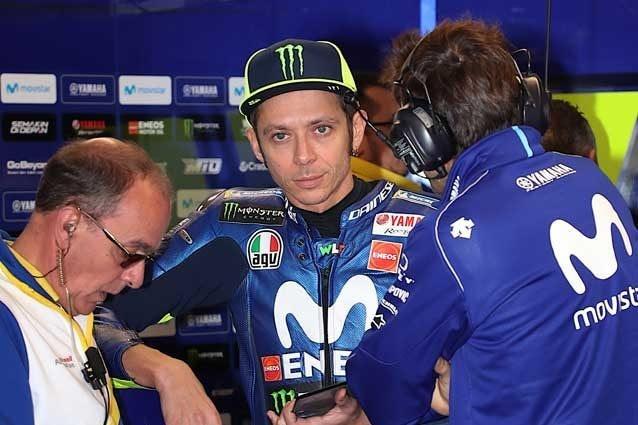 Valentino Rossi al box Yamaha / Getty Images