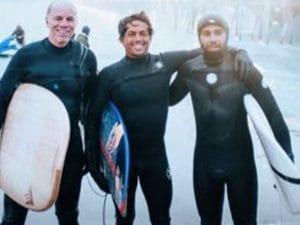 Hamilton con la tavola da surf – Instagram