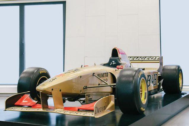 La Jordan di Martin Brundle che corse il mondiale di F1 nel 1996 – Foto @RM Sotheby's
