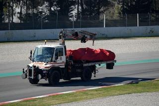 Ferrari a muro nei test del Montmelò, Vettel finisce contro le barriere