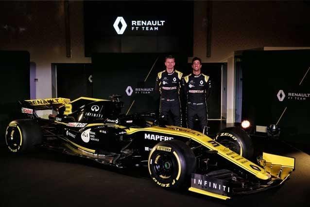 Nico Hulkenberg e Daniel Ricciardo alla presentazione della Renault RS19 F1 a Enstone / Renault F1 team