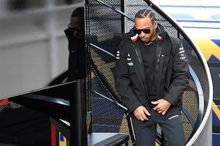 """Hamilton è pronto alla battaglia: """"Ferrari più forte dell'anno scorso, sarà dura"""""""