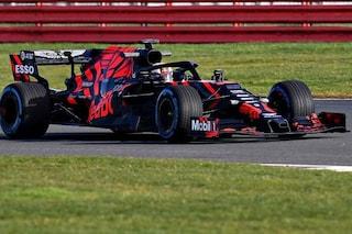 Verstappen porta in pista la RB15, primi giri a Silverstone per la nuova Red Bull