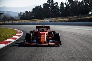 Primi giri per la Ferrari a Barcellona, Vettel e Leclerc al volante della SF90 per il filming day