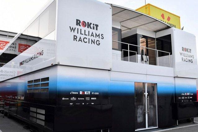 Il motorhome Williams sulla pista di Barcellona