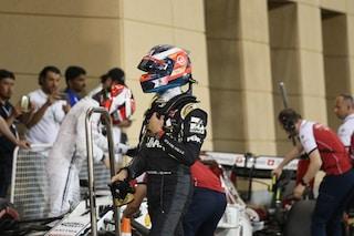 Grosjean punito dai commissari, il francese retrocesso di 3 posizioni per aver ostacolato Norris