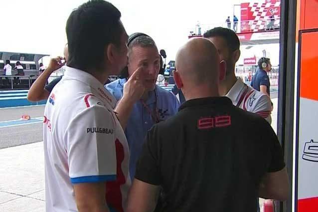 Il direttore tecnico Danny Aldridge al box Honda / MotoGP.com