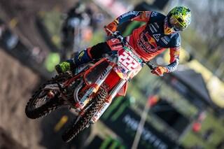 MXGP Olanda, Cairoli approfitta dell'errore di Anstie e vince gara-1 a Valkenswaard