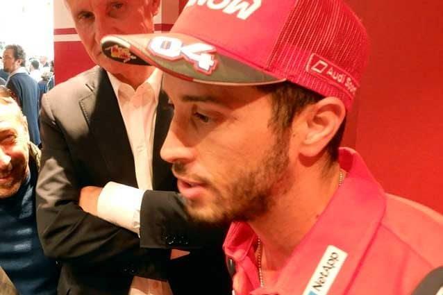 Andrea Dovizioso, 33 anni, durante l'inaugurazione del nuovo Ducati store a Roma