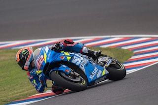 MotoGP, clamoroso a Austin: cade Marquez, trionfa Rins