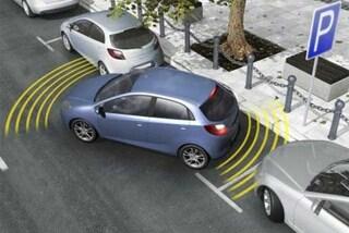 Auto nuova? L'optional preferito dagli italiani è l'assistenza al parcheggio