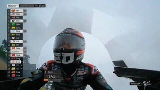 MotoGP Le Mans, Vinales davanti anche sul bagnato, lontano Rossi