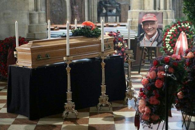 Il funerale di Niki Lauda nella cattedrale di Santo Stefano a Vienna – Getty images