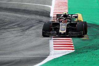 F1 Test Barcellona 2019, Day-2: alla pausa pranzo il migliore è Magnussen, Fuoco 2° con la Ferrari