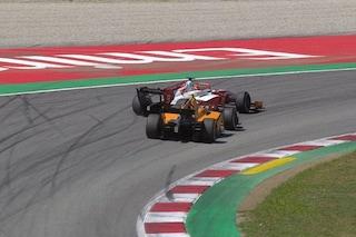 F2, Mick Schumacher penalizzato e fuori dalla top ten. In Spagna vince de Vries, Ghiotto è 2°