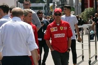 """Vettel: """"Ferrari leggermente dietro a Mercedes, ma possiamo ancora vincere il titolo"""""""