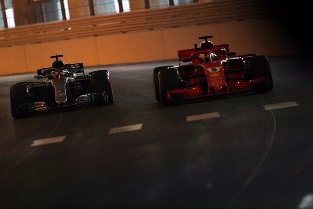 Sebastian Vettel e Lewis Hamilton a Monaco – LaPresse