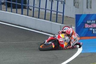 MotoGP Jerez, Marquez al top ma casca per un altro problema