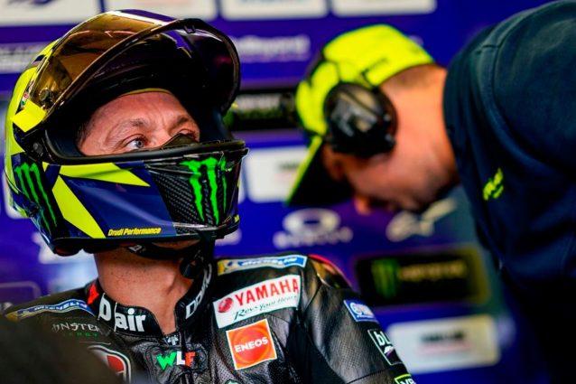 Valentino Rossi al box / Yamaha