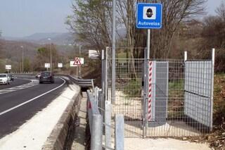 Autovelox, multa illegittima se posizionato su una strada urbana senza banchina