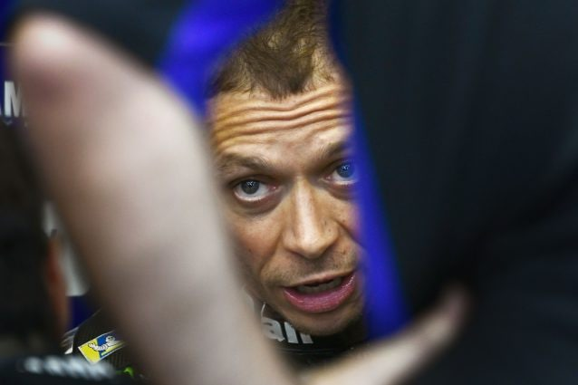 Valentino Rossi al box Yamaha al Mugello / Getty