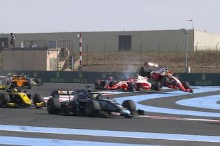 F2, incidente per Mick Schumacher in Francia: il tedesco costretto al ritiro in Gara-1