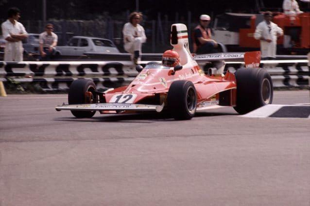 Niki Lauda con la Ferrari 312 T – LaPresse