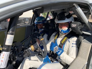 Dalle piste di F1 allo sterrato dei rally, Bottas prova la Toyota Yaris WRC