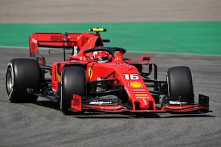 Ferrari in pista a Monza, Leclerc gira sulla SF90 per il filming day