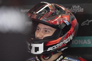 MotoGP, guai per Quartararo: la Yamaha sbacchetta e lui si fa male