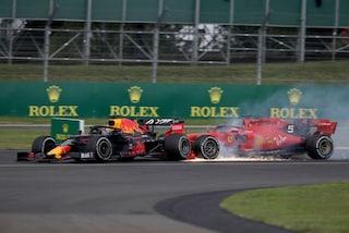 """Verstappen perdona Vettel dopo il tamponamento: """"Sono deluso, ma non l'ha fatto apposta"""""""