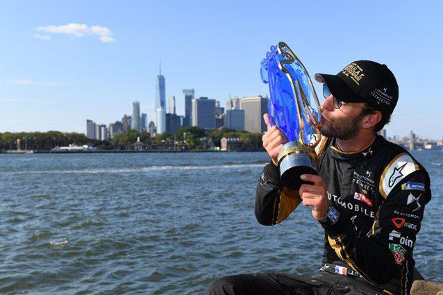 Jean–Eric Vergne festeggia il titolo di campione del mondo Formula E – Getty images