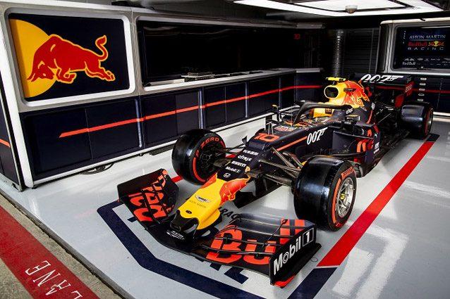 La Red Bull con livrea 007