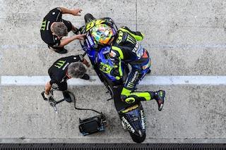 Test a Misano, Valentino Rossi promuove le novità Yamaha