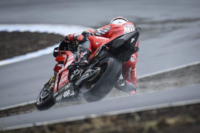Michele Pirro durante la prima giornata di test al KymiRing / MotoGP.com